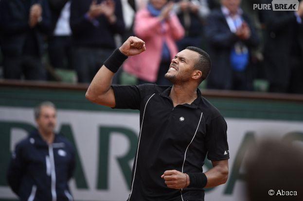 Jo-Wilfried Tsonga après sa victoire en huitièmes de finale à Roland Garros, le 31 mai 2015