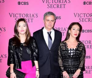 Matilde Mourinho avec son père Jose Mourinho et sa mère