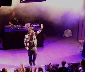 Youssoupha au concert de la Fête de la musique enregistré au Divan du Monde et diffusé sur Trace TV le 21 juin 2015
