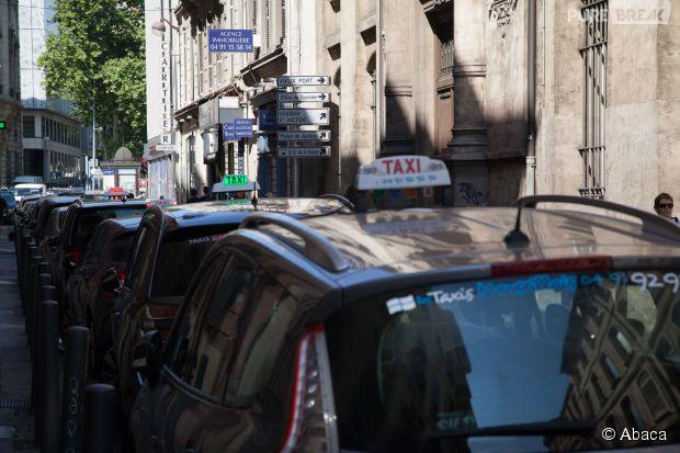 uberpop un client tabass par un chauffeur de taxi publie une photo choc sur facebook purebreak. Black Bedroom Furniture Sets. Home Design Ideas