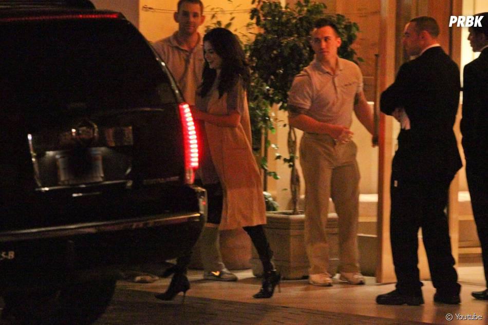 Ed Sheeran et Selena Gomez quittent une boîte de nuit de Los Angeles, le 26 juin 2015