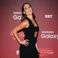 Lea Michele sexy : robe décolletée et fendue, elle enflamme le tapis rouge de Scream Queens