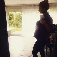 Aurélie Van Daelen enceinte de 6 mois : nouvelle photo de son beau baby bump dévoilée
