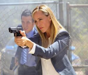 Bones saison 11, épisode 2 : Kim Raver sur une photo