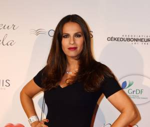 Elisa Tovati sur le tapis rouge du gala Par Coeur au profit de l'association Cé Ke Du Bonheur à Paris, le 24 septembre 2015
