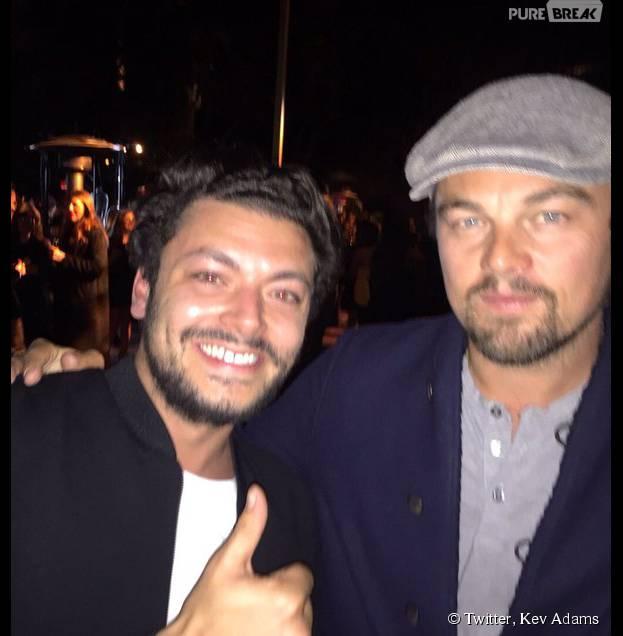 Kev Adams pose avec Leonardo DiCaprio le 22 novembre 2015