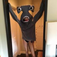 Kendall Jenner ultra sexy dans un costume 100% WTF... de requin