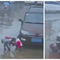 Hallucinant : deux enfants se font rouler dessus par une voiture... et survivent miraculeusement !