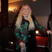 Loana en couple : l'ex bimbo aux cheveux roses a retrouvé l'amour