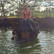 Matthieu Delormeau sexy et torse nu sur Instagram : ses vacances au soleil continuent