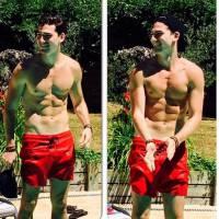 Clément (Friends Trip 2) : torse nu et musclé, ses photos sexy sur Instagram