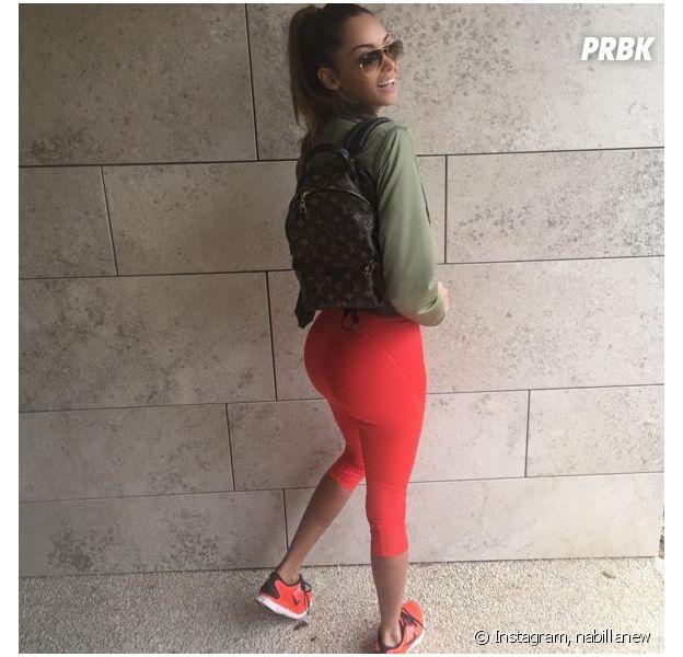 Nabilla Benattia exhibe son fessier sur Instagram, le 18 janvier 2016