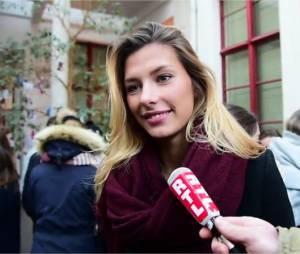Camille Cerf : Miss France 2015 de retour à l'école le mardi 19 janvier 2016 à Lille