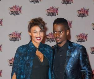 Black M et sa femme sur le tapis rouge des NRJ Music Awards 2015, le 7 novembre 2015, à Cannes
