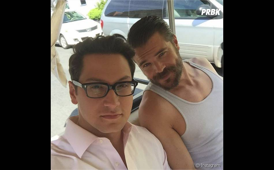 How To Get Away with Murder : Matt McGory et Charlie Weber sur une photo