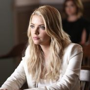 Pretty Little Liars saison 6 : Ashley Benson énervée par la relation entre Caleb et Spencer