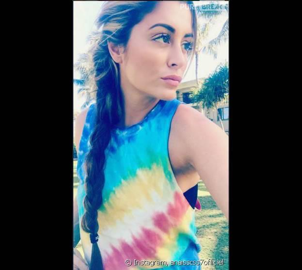 Anaïs Camizuli à Hawaï pour le tournage d'une publicité