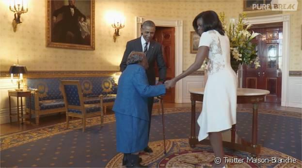 Barack obama et michelle s 39 offrent une danse la maison for Barack obama a la maison blanche