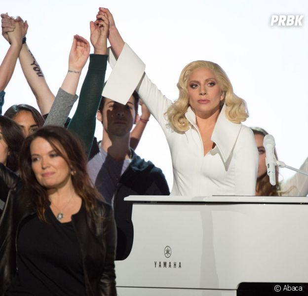 Lady Gaga : sa prestation aux Oscars 2016 a permis à sa famille de découvrir son viol