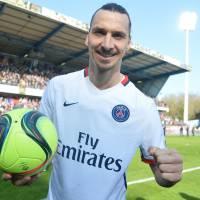 Zlatan Ibrahimovic : sa statue pour remplacer la Tour Eiffel ? Nouveau buzz après le titre