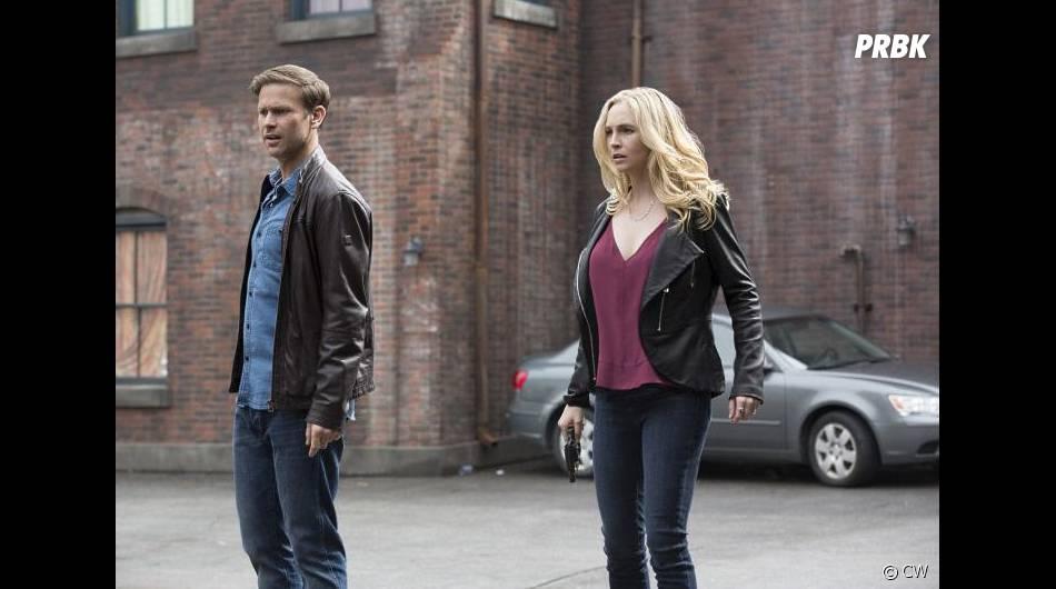 The Vampire Diaries saison 7, épisode 20 : Alaric (Matt Davis) et Caroline (Candice Accola) sur une photo