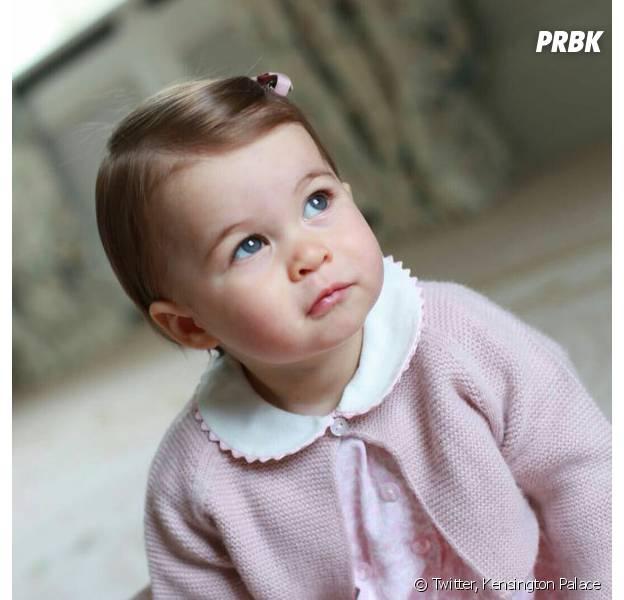 Princesse Charlotte adorable sur de nouvelles photos pour ses 1 ab