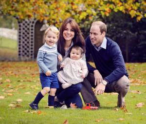 Princesse Charlotte, le Prince George, Kate Middleton et le Prince William en octobre 2015