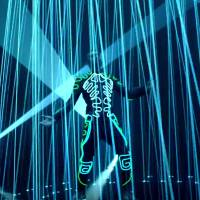 """Like I Would"" : Zayn se la joue ""Tron"" dans un clip futuriste et badass"