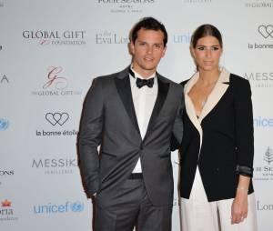 Laury Thilleman et son petit-ami Juan Arbelaez au Global Gift Gala le 9 mai 2016 à Paris