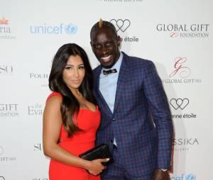 Mamadou Sakho et sa femme au Global Gift Gala le 9 mai 2016 à Paris