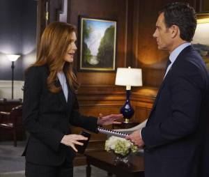 Scandal saison 5, épisode 21 : Abby (Darby Stanchfield) et Fitz (Tony Goldwyn) sur une photo