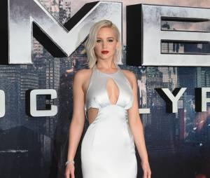 Jennifer Lawrence sublime à l'avant-première de X-Men : Apocalypse à Londres en mai 2016