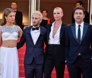 Adele Exarchopoulos présentait le film The Last Face avec Sean Penn et Charlize Theron à Cannes 2016
