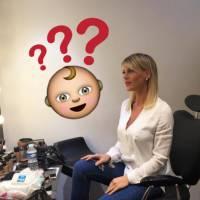 """Amélie Neten bâche avec humour """"les rumeurs à la con"""" : """"non je ne suis pas enceinte 😘"""""""