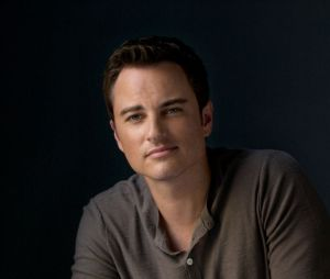 Kerr Smith (Dawson) dans Life Unexpected en 2010