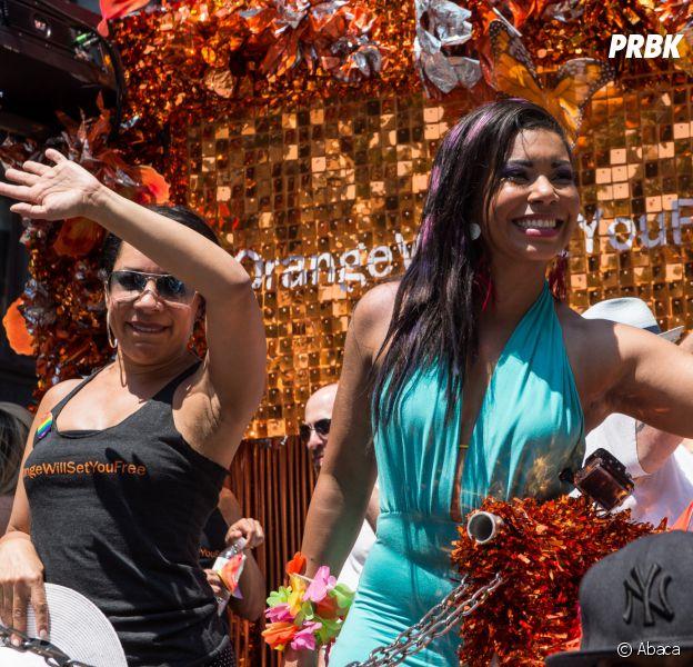 Orange is the new black : Selenis Leyva et Jessica PimentelDayanara lors de la Gay Pride de New-York le 26 juin 2016