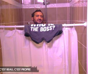 Cyril Hanouna prend une douche en direct dans Les 35 heures de Baba le 14 octobre 2016 sur C8