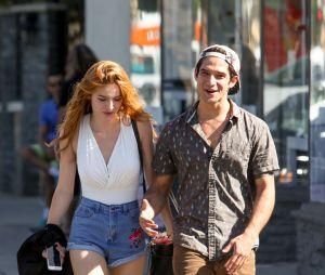 Bella Thorne et Tyler Posey : balade en amoureux