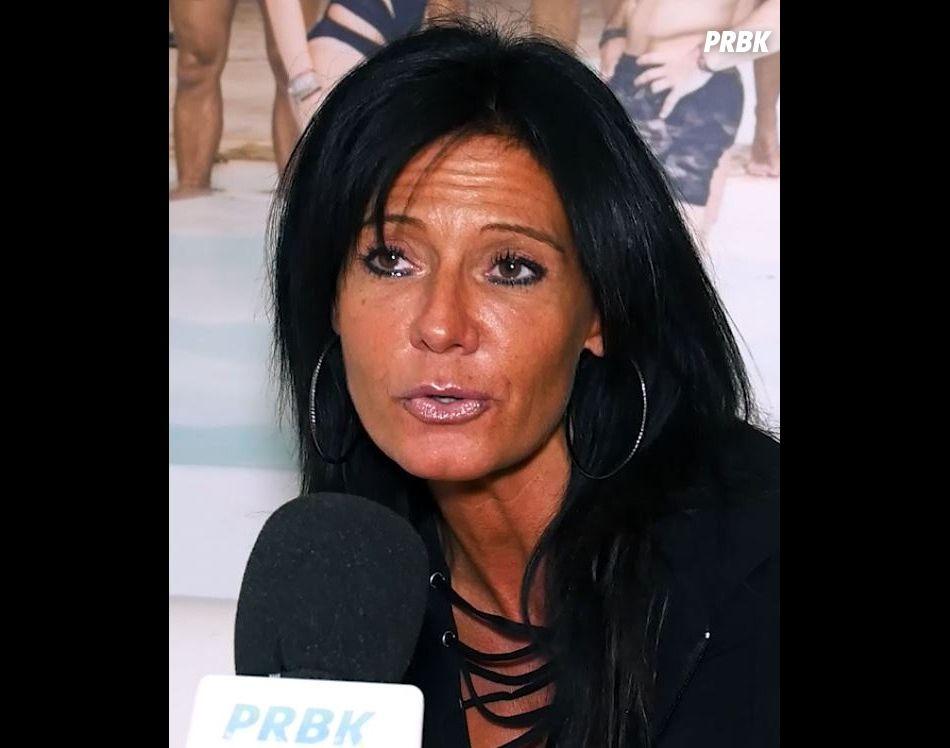 """Nathalie (La Villa des Coeurs Brisés 2) assume son âge : """"J'ai 45 ans, je ne mens pas sur mon âge""""."""