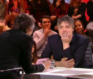 Pete Doherty prend de la coke en direct dans Quotidien ? Yann Barthès réagit à la polémique !