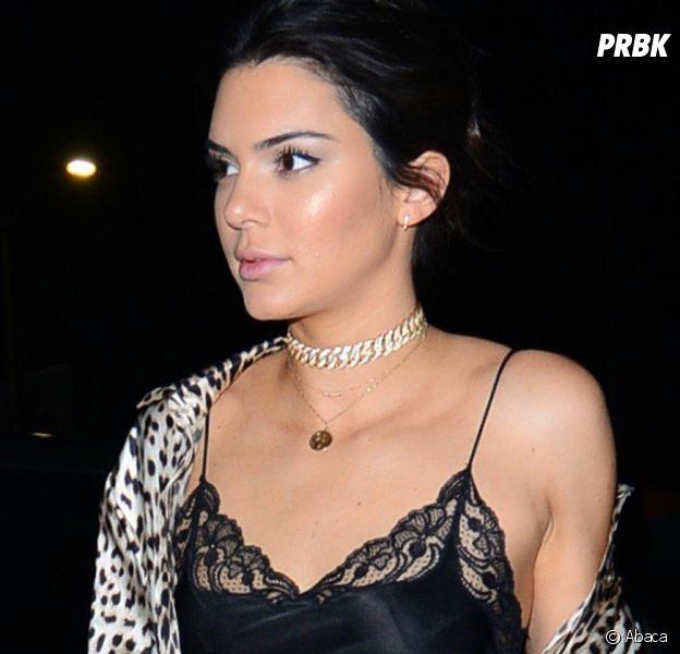 Kendall Jenner aurait embrassé Jordan Clarkson au réveillon du nouvel an. La vidéo du bisou a fuité !