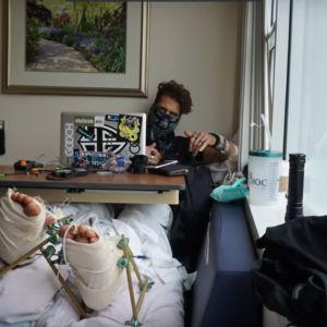 Un youtubeur saute du 3e étage dans une piscine... et finit à l'hôpital ! Aïe !