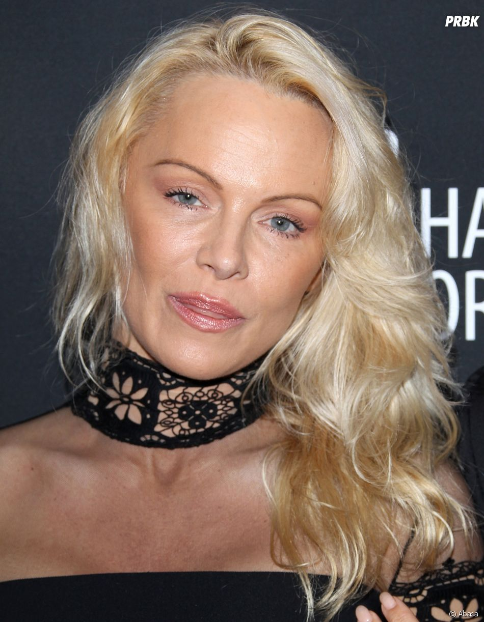 Pamela Anderson s'est montrée sous un tout autre jour, elle a beaucoup changé !