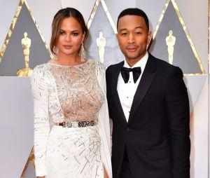 Oscars 2017 : Chrissy Teigen s'est endormie sur l'épaule de John Legend pendant la cérémonie !
