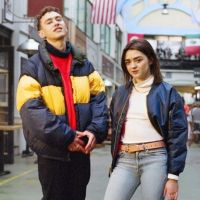 #ForeverChuck : Maisie Williams et Olly Alexander, stars de la campagne Converse