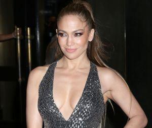Jennifer Lopez en couple avec Alex Rodriguez ? La chanteuse aurait quitté Drake pour le célèbre sportif américain !