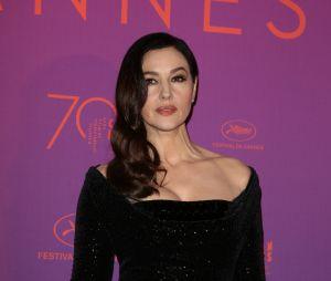 Monica Bellucci sexy pour la soirée d'ouverture du Festival de Cannes 2017