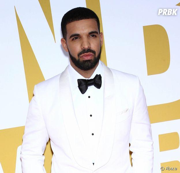 """Drake dévoile """"Signs"""", le prochain tube de l'été."""
