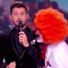 Christophe Beaugrand effrayé par Julien Geloën : sa chute mémorable amuse Twitter 😂