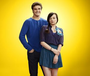 Beau Mirchoff et Ashley Rickards dans Awkward